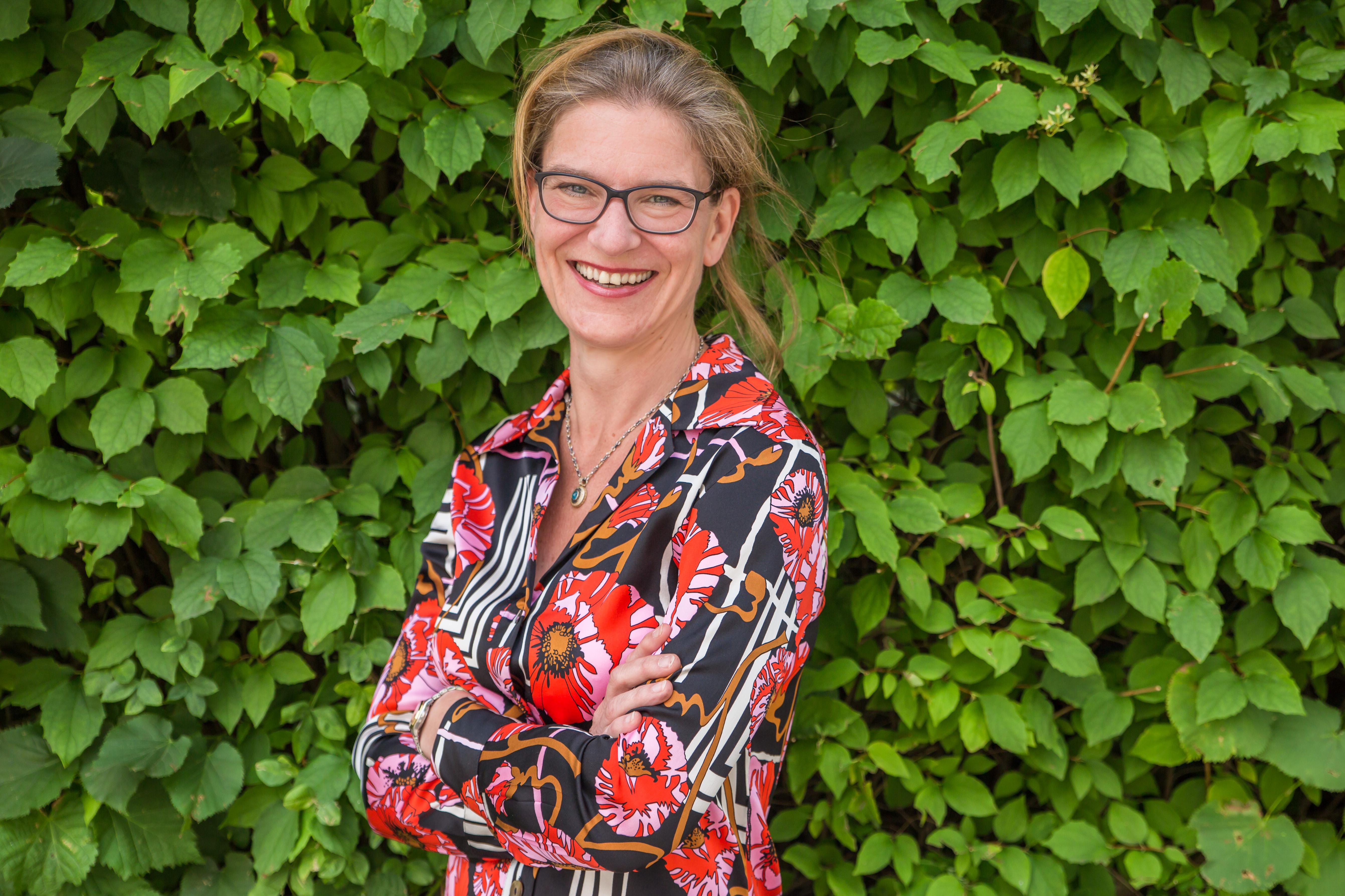 This image shows a photo of Angela Schultz-Zehden